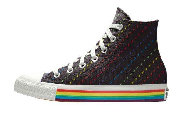 83f0b169e31 Het is nog niet bekend wanneer de schoenen verkrijgbaar zijn in Nederland.  Converse